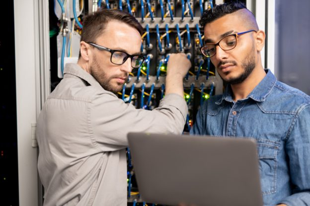 Server specialists testing network system